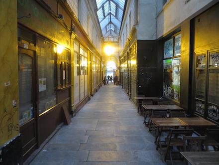 Passages in Parijs 1
