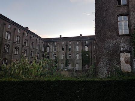 Achterkant van het klooster